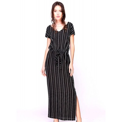 Langes Kleid gestreift